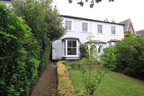 3 bedroom semi-detached house to rent - Somerset Road, New Barnet, EN5 - GARDEN MAINTENANCE INC.