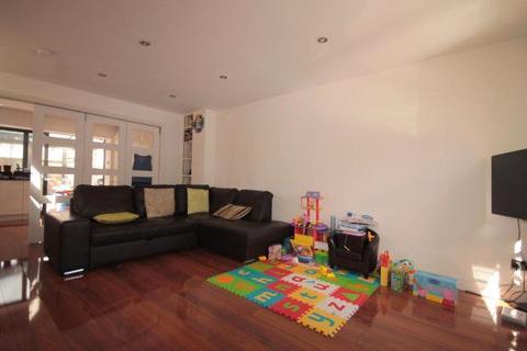 3 bedroom house to rent - Milligan Street, London, E14