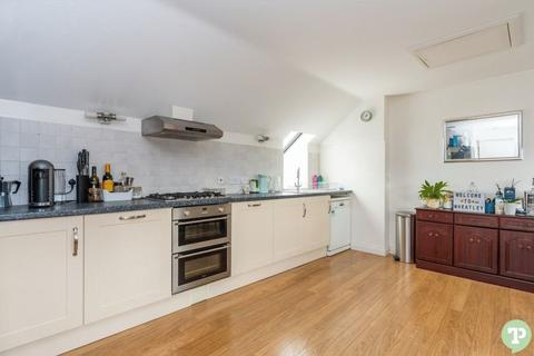 2 bedroom apartment to rent - Holloway Road , Wheatley