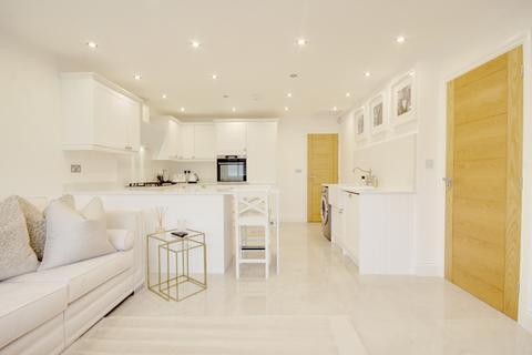 2 bedroom maisonette for sale - Abbey Wood Lane, RAINHAM, RM13