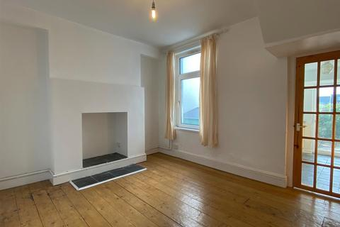2 bedroom terraced house to rent - Cambridge Street, Uplands