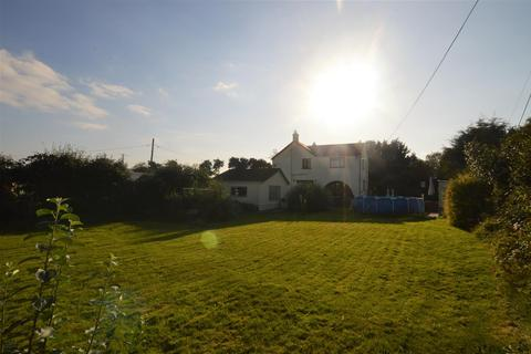 4 bedroom property with land for sale - Brynbrain Road, Cwmllynfell, Swansea