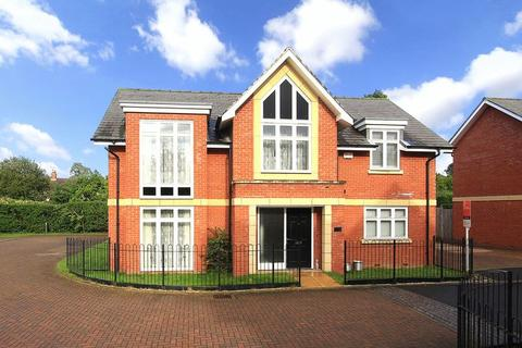 4 bedroom detached house for sale - TETTENHALL WOOD, Teotta Drive