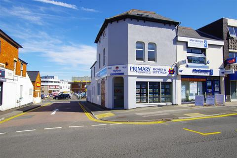 2 bedroom flat to rent - Commercial Rd, Town Centre