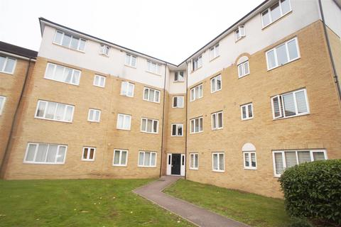 2 bedroom flat to rent - Enstone Road, Enfield