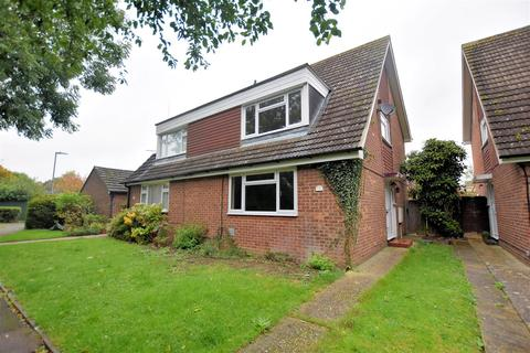 3 bedroom semi-detached house for sale - Tadcroft Walk, Calcot, Reading
