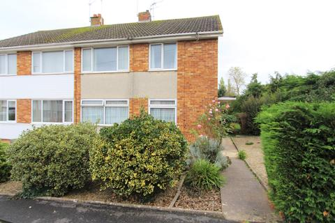 2 bedroom flat - Turner Close, Keynsham