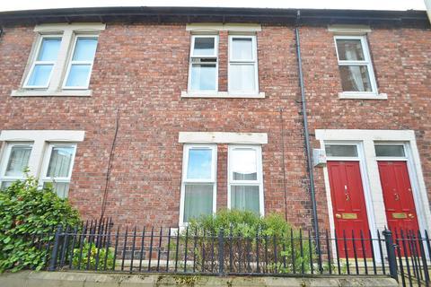 2 bedroom flat for sale - Bensham Avenue, Gateshead