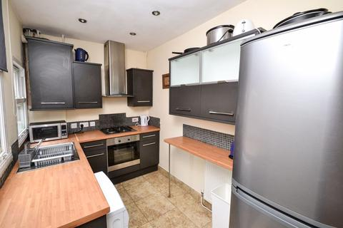 4 bedroom house to rent - Dunkirk Road, NG7 - UON
