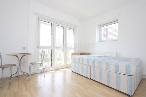 2 bedroom flat to rent - Harrington House, Stanhope Street, NW1