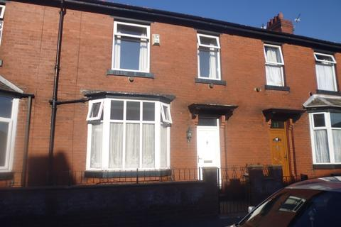 3 bedroom terraced house to rent - Mere Street, Deeplish, OL11