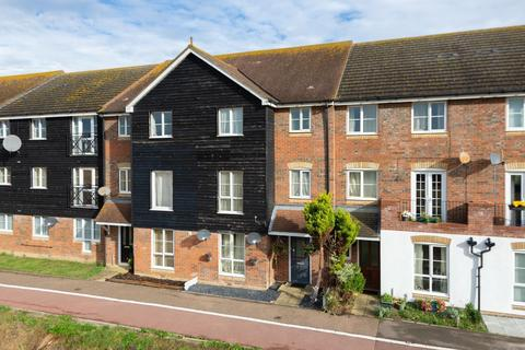 5 bedroom end of terrace house for sale - East Stour Way, Willesborough, Ashford, TN24