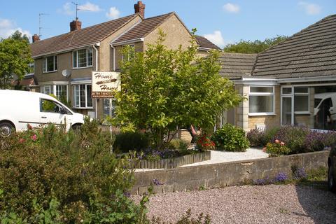 3 bedroom semi-detached bungalow to rent - Highclere Avenue, Lawns, Swindon SN3