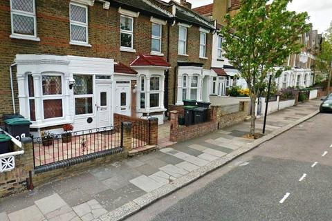 3 bedroom terraced house to rent - Clinton Road, Harringay