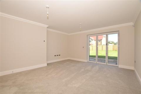 4 bedroom detached house for sale - Valdene Close, Sutton Valence, Maidstone, Kent