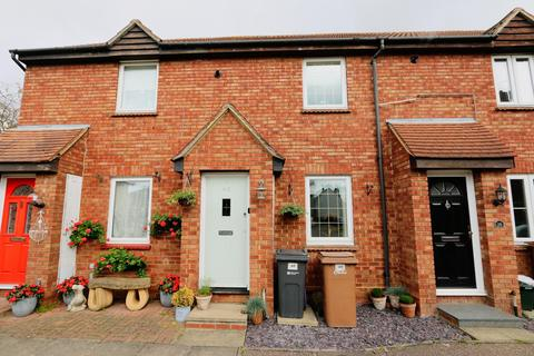 2 bedroom terraced house for sale - Hurrell Down, Boreham, Chelmsford, Essex, CM3