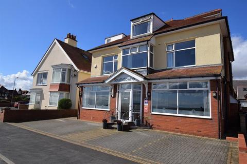 9 bedroom detached house for sale - South Marine Drive, Bridlington, YO15 3NS