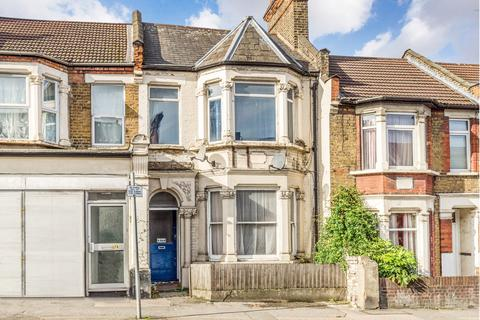 2 bedroom flat to rent - Chingford Road, Walthamstow, E17