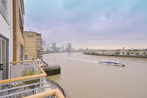 3 bedroom flat for sale - Chinnocks Wharf, 42 Narrow Street, London, E14