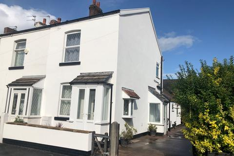 3 bedroom semi-detached house to rent - Grove Street, Hazel Grove, Stockport