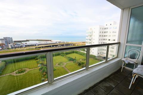 2 bedroom flat to rent - Marine Drive , , Brighton, BN2 5TP