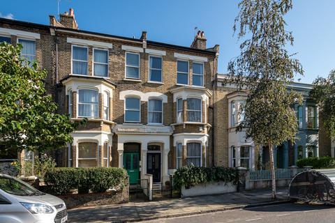 4 bedroom terraced house for sale - Powerscroft Road, London E5