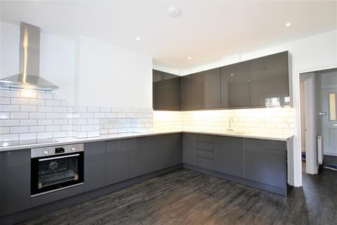 3 bedroom flat for sale - Rowlands Road, Worthing, BN11