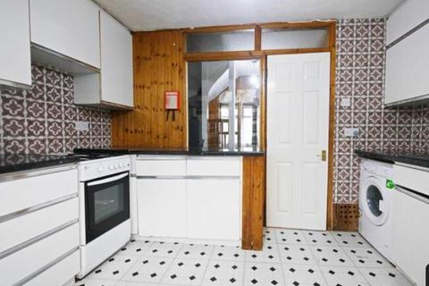 3 bedroom townhouse to rent - Hillingdon, UB10