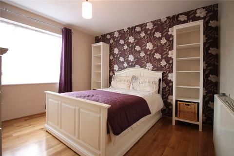 1 bedroom apartment to rent - Constantine House, 1 Varcoe Gardens, Hayes, UB3