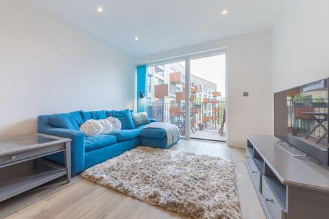 1 bedroom apartment to rent - Abbotsford Court, 3 Lakeside Drive, London, NW10