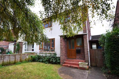 3 bedroom semi-detached house to rent - Cleevelands Avenue, Pittville, Cheltenham, Gloucestershire