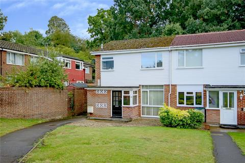3 bedroom end of terrace house for sale - Cedar Drive, Bracknell, Berkshire, RG42