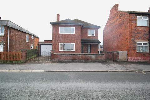 3 bedroom detached house for sale - Princes Street, Connah's Quay