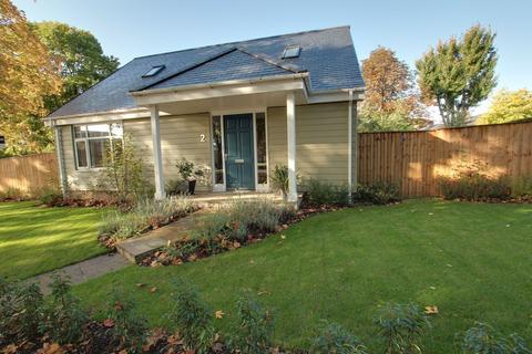3 bedroom detached house to rent - Admiral Walker Road, Beverley