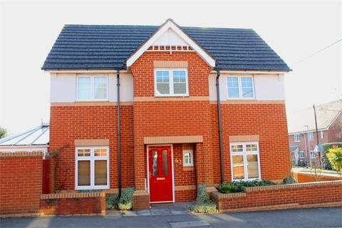 3 bedroom detached house to rent - Academy Place, College Town, Sandhurst, Berkshire