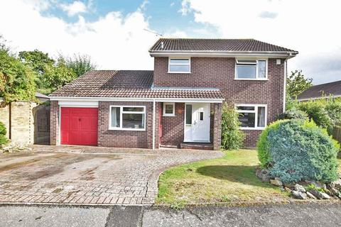 4 bedroom detached house for sale - Bargrove Road, Woodlands, Maidstone ME14 5RT