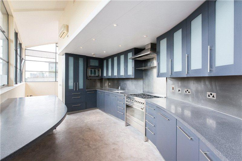 3 Bedrooms Penthouse Flat for rent in Chiswick Green Studios, 1 Evershed Walk, Chiswick, London, W4