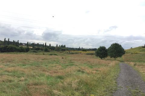 Land to rent - Grazing Land Off Parkgate Road, Off Parkgate Road, Mollington, Chester, CH1