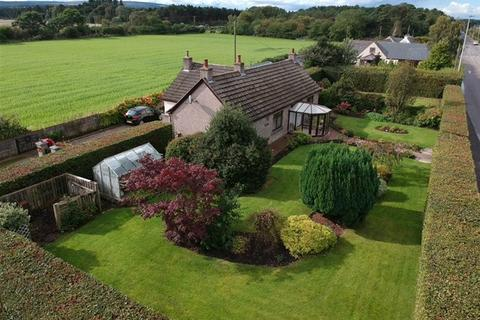 3 bedroom detached bungalow for sale - Main Road, Mosstodloch, Mosstodloch