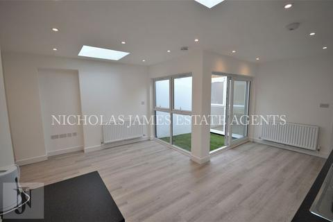 1 bedroom apartment to rent - West Green Road , London N15