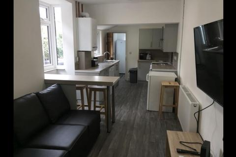 6 bedroom end of terrace house to rent - Tennyson Street, Lincoln