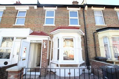 3 bedroom detached house to rent - Clinton Road, Harringey