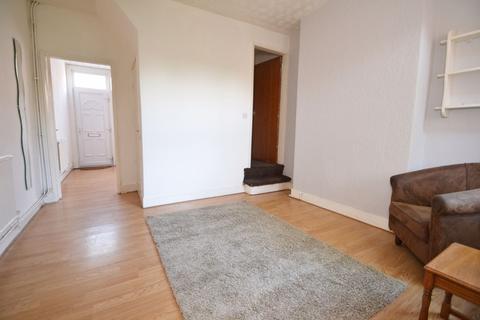 2 bedroom house to rent - Croydon Road, NG7-  UON