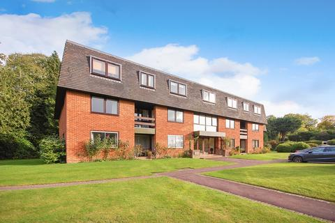 3 bedroom apartment for sale - Great Austins, Farnham, GU9
