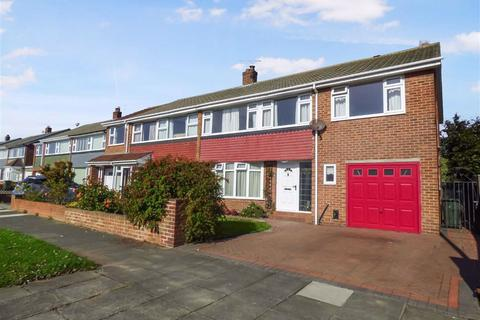 5 bedroom semi-detached house for sale - Farringdon Road, Cullercoats, Tyne And Wear