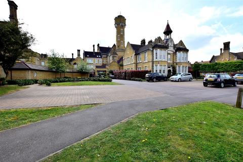 2 bedroom flat for sale - Chapel Drive, Dartford