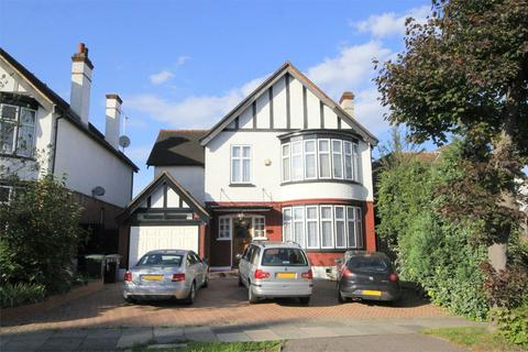 5 bedroom detached house for sale - Vera Avenue, London, N21