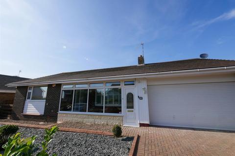3 bedroom detached bungalow to rent - Nicholas Avenue, Whitburn, Sunderland