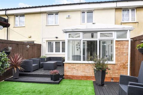 3 bedroom terraced house for sale - Biggin Avenue, Bransholme, Hull, HU7