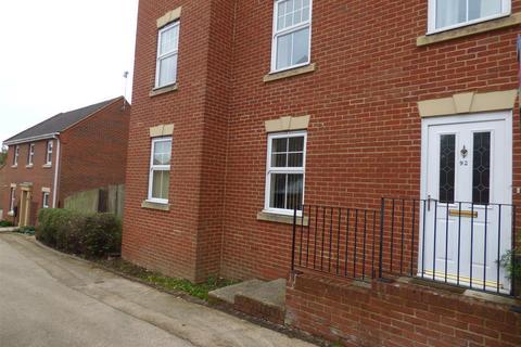 2 bedroom flat to rent - Imperial Way, Singleton, Ashford